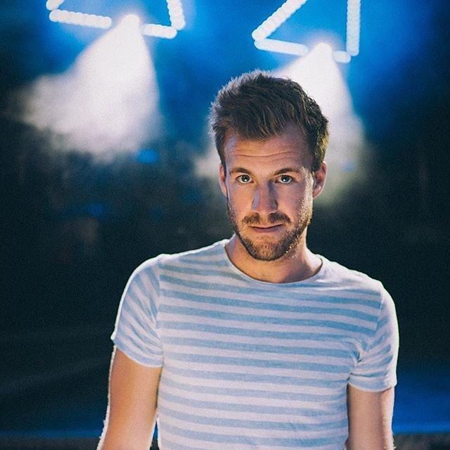 German comedian and TV host @thereallukemockridge